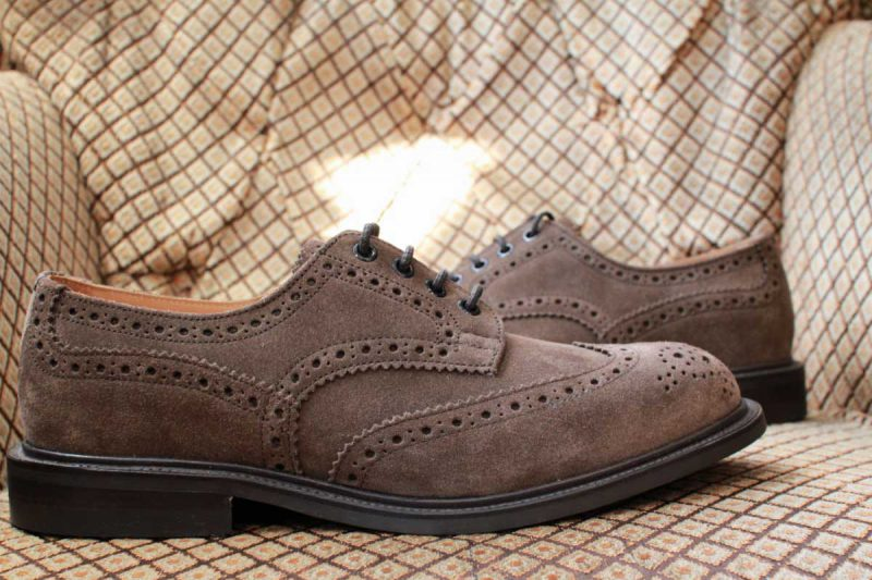 trickers_bouton_brown_suede_03