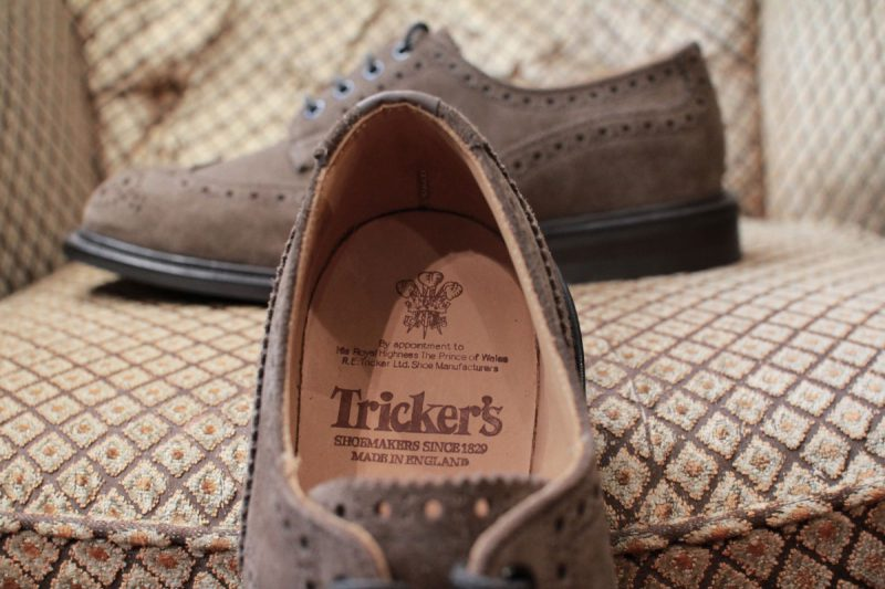 trickers_bouton_brown_suede_06